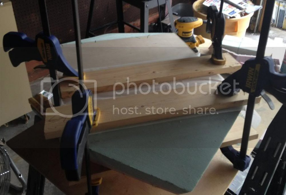 BottomCladding02Clamped_zps9146ac61.jpg
